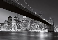 Fottapet Brooklyn Bridge i svart och vitt